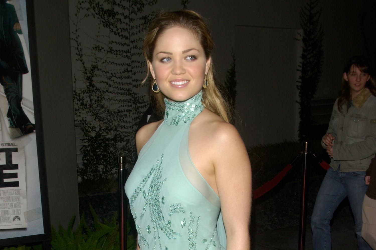 Parenthood S Erika Christensen To Star In New Coke Fueled