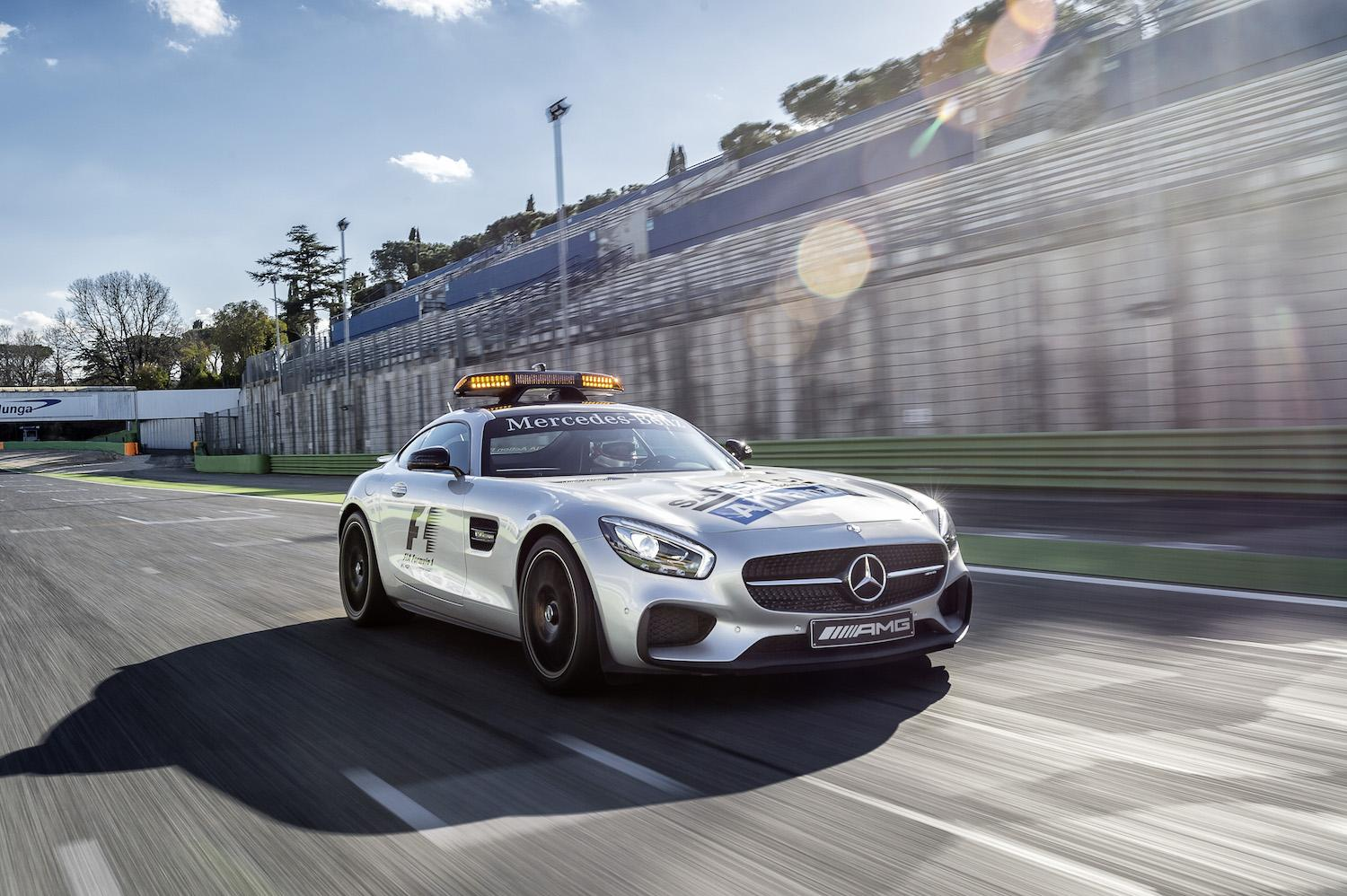 mercedes amg gt s replaces the retiring sls amg as f1 s official safety car. Black Bedroom Furniture Sets. Home Design Ideas