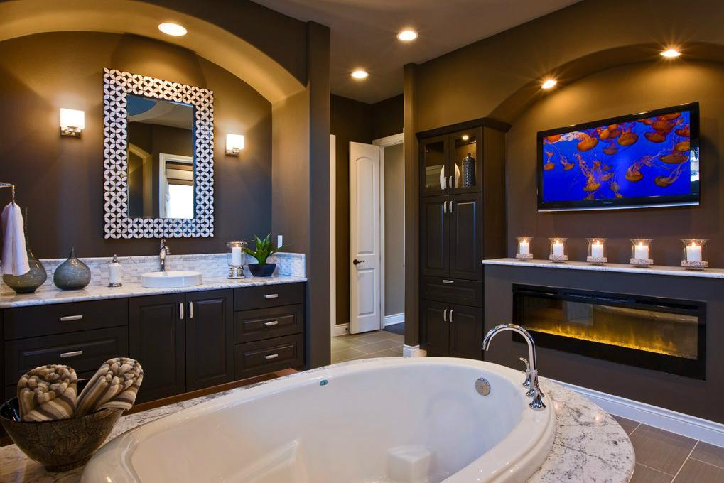 Soak cool the biggest trends in bathroom renovation for Cool master bathrooms