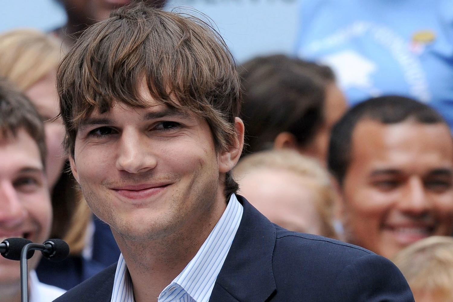 Ashton Kutcher and Danny Masterson bring their comedic chemistry to ... Ashton Kutcher