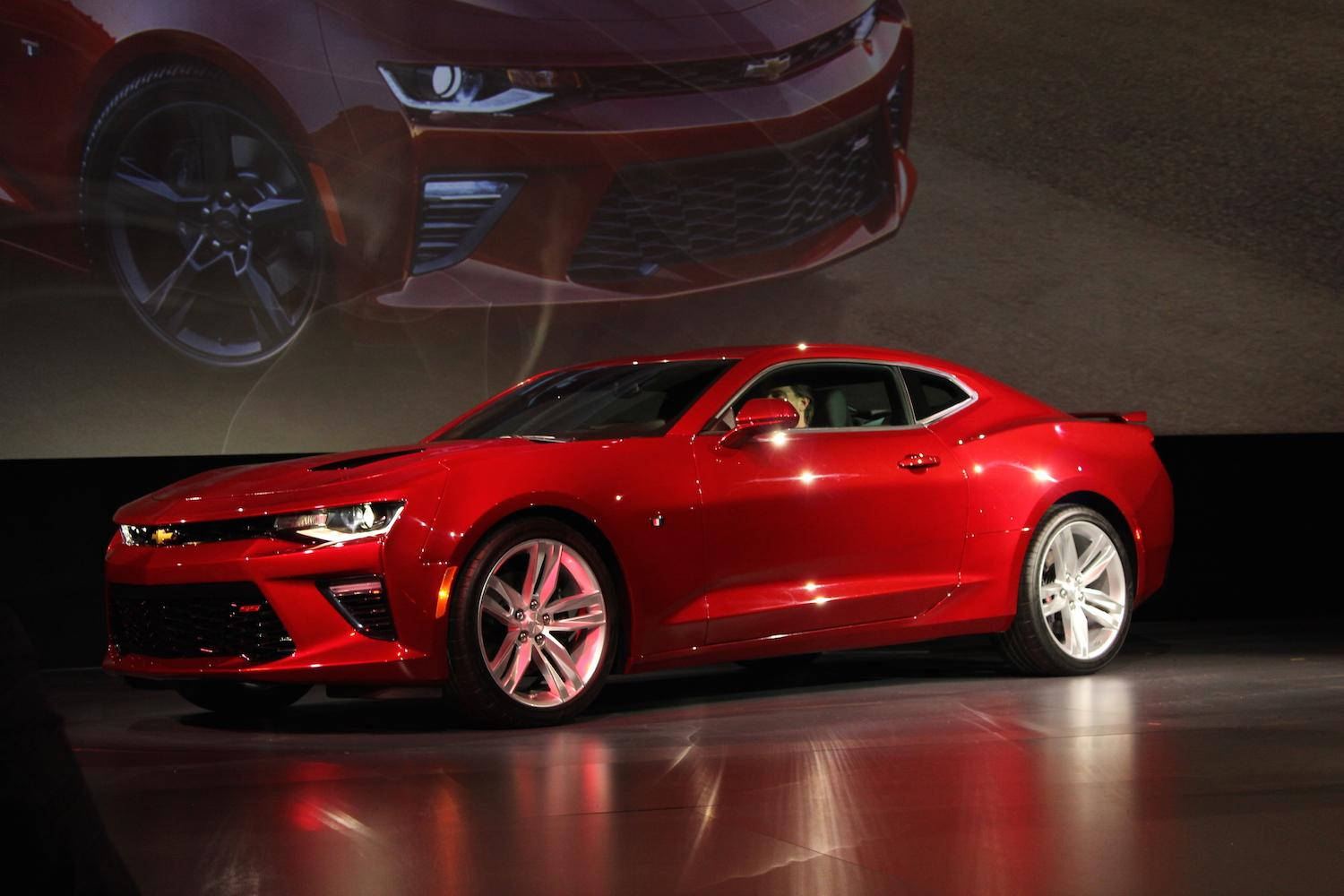 2016 chevrolet camaro official specs pictures performance digital trends. Black Bedroom Furniture Sets. Home Design Ideas