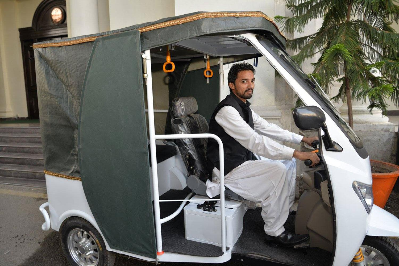 In Pakistan Electric Rickshaws Wage Quiet War With Their