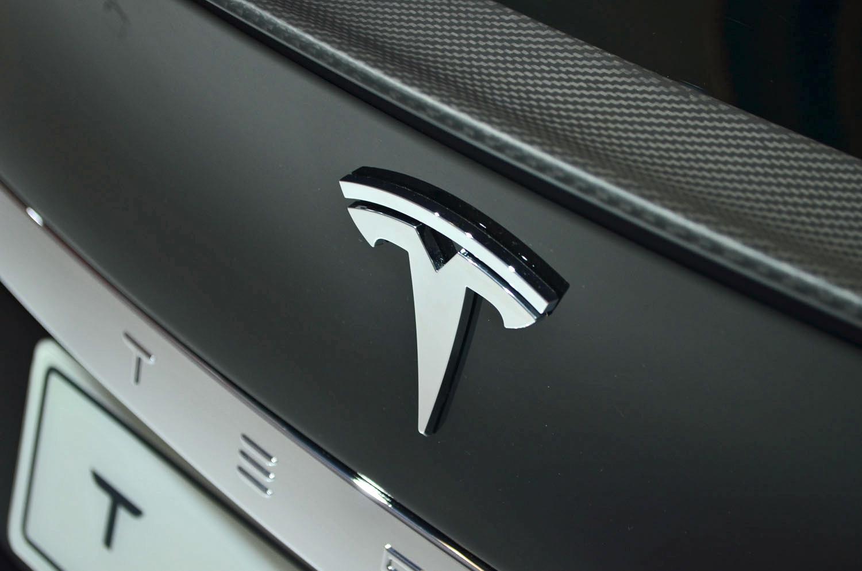 2018 tesla roadster price.  price to 2018 tesla roadster price e