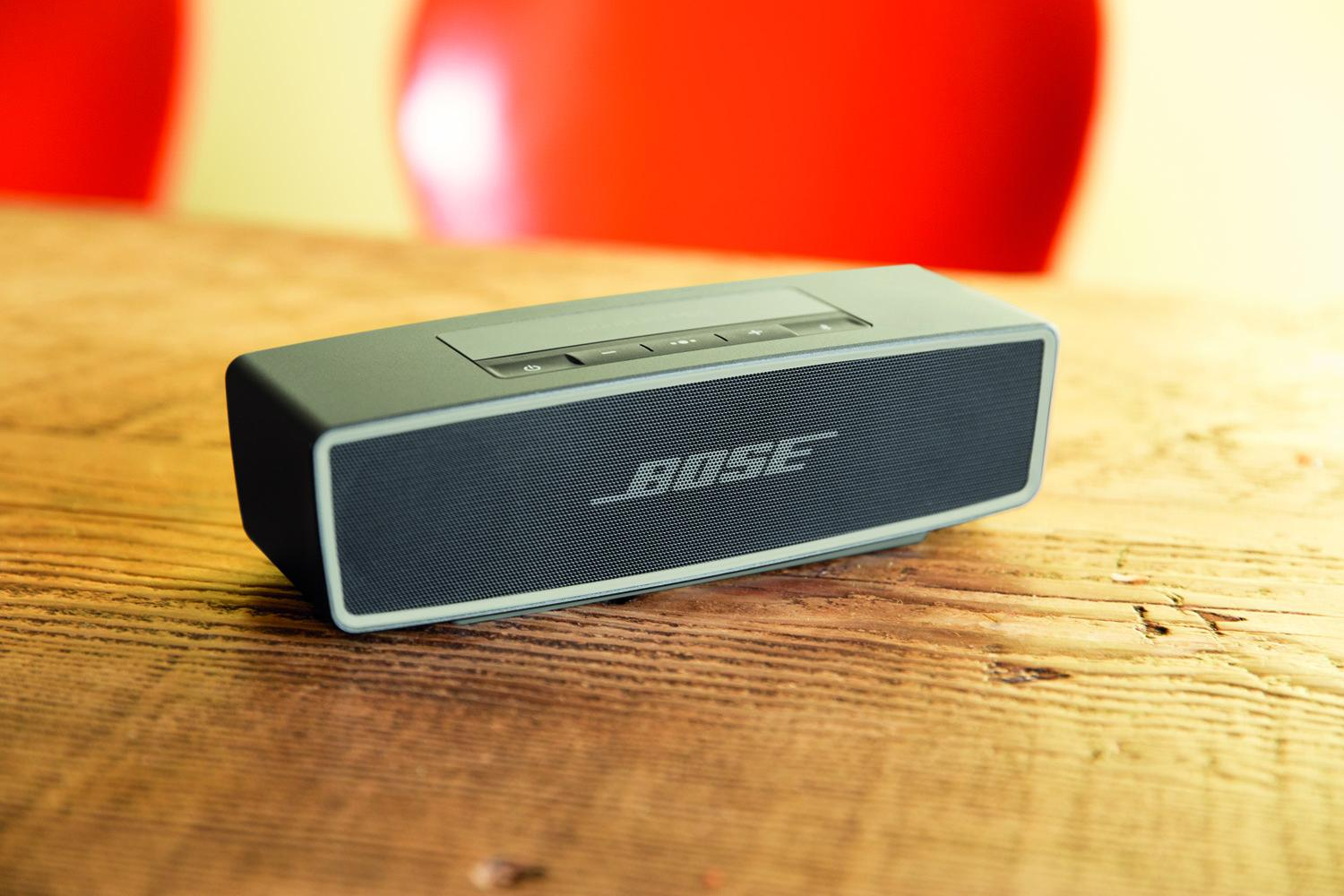 Boses speaker lineup gets another sequel in the bose soundlink boses speaker lineup gets another sequel in the bose soundlink mini ii sciox Gallery