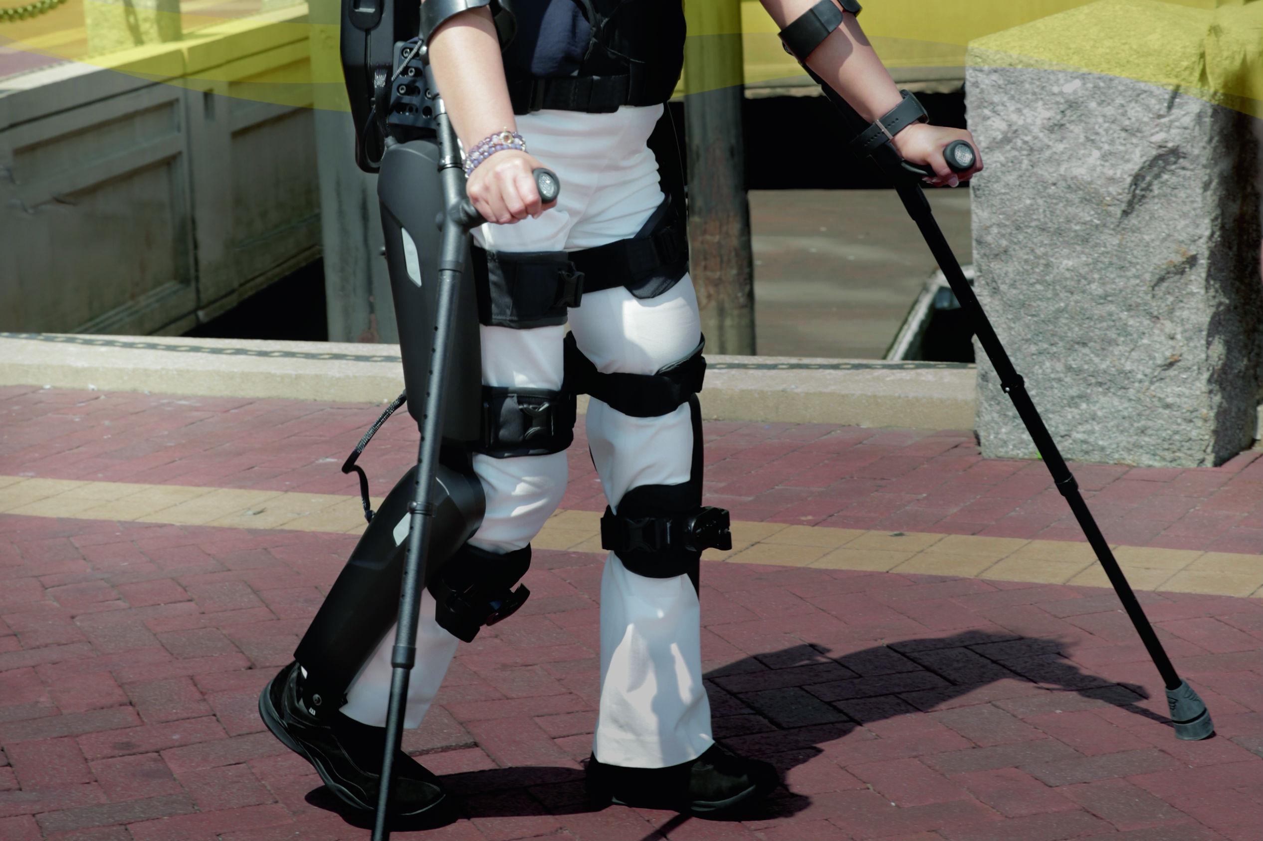 The Rewalk 6 0 Robotic Exoskeleton Aims To Make