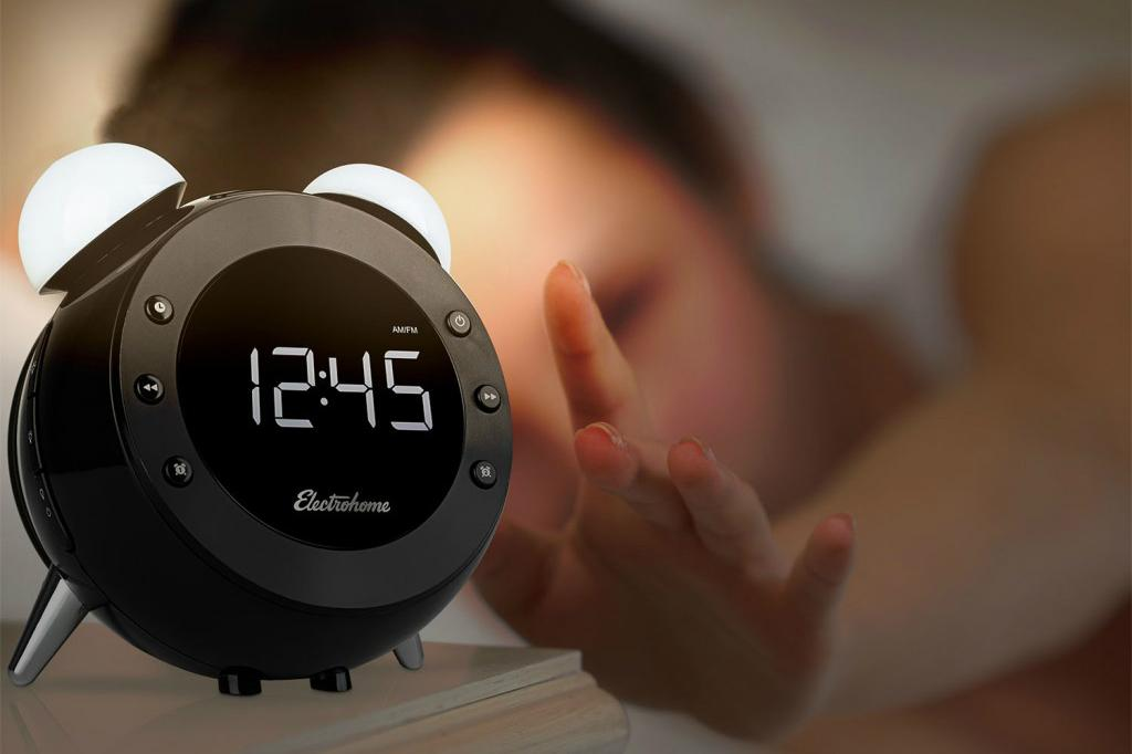 this retro alarm clock looks oldschool but itu0027s actually digital and
