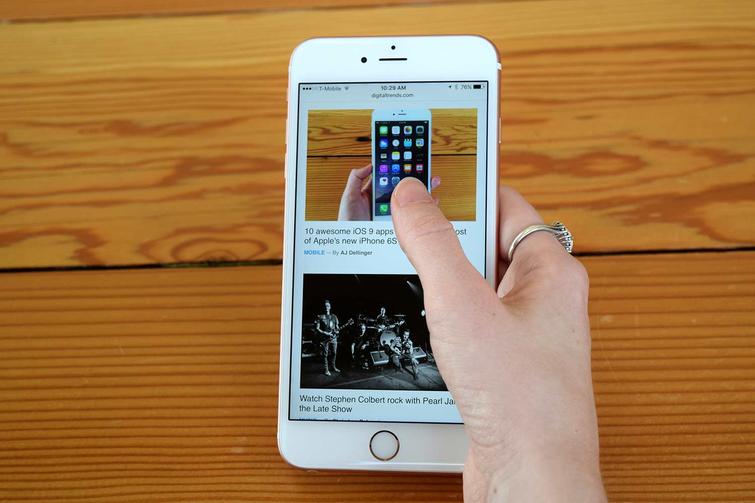 What are some troubleshooting tips for the Apple iPhone?