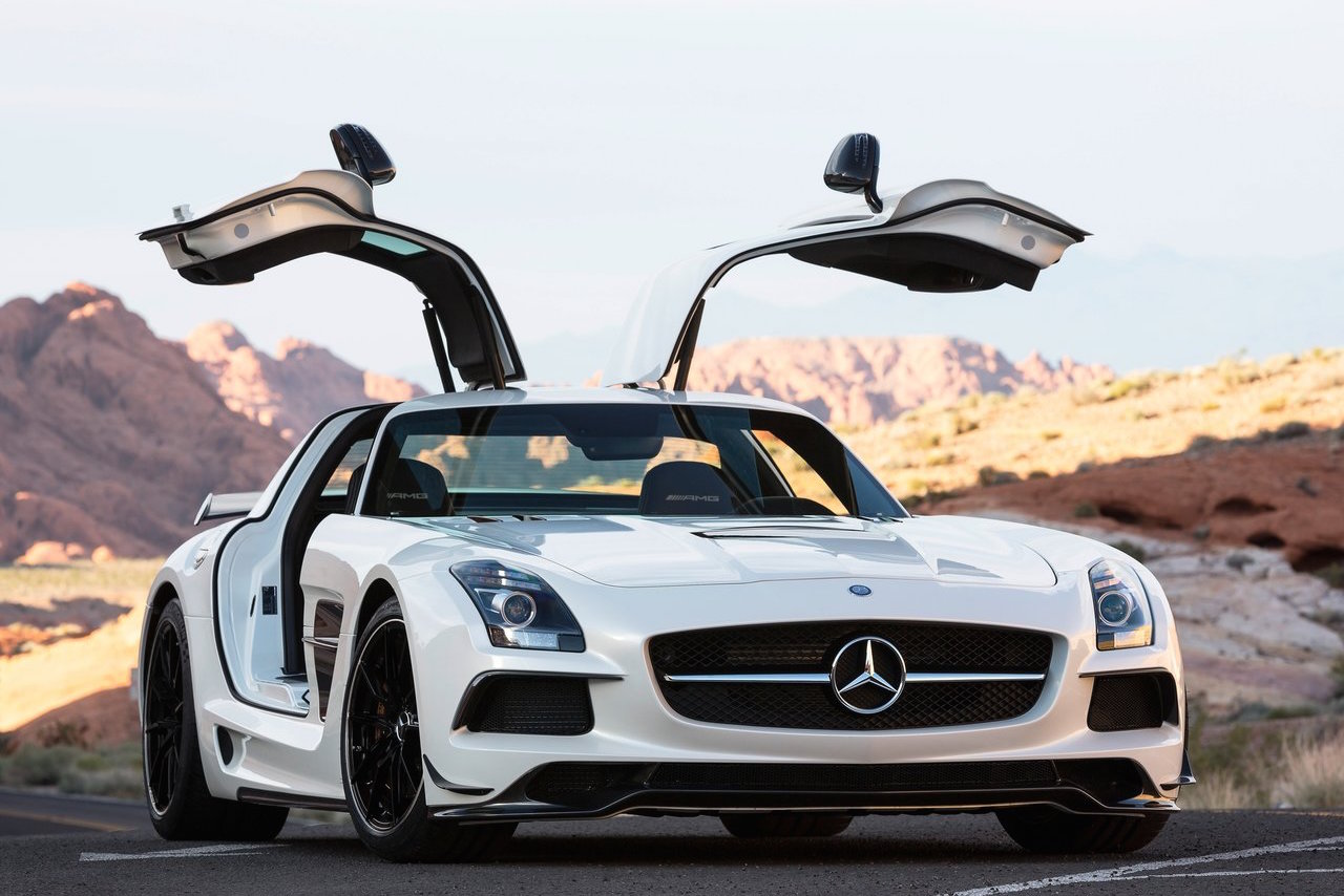 mercedes amg will give new life to the v12 engine via a halo supercar. Black Bedroom Furniture Sets. Home Design Ideas