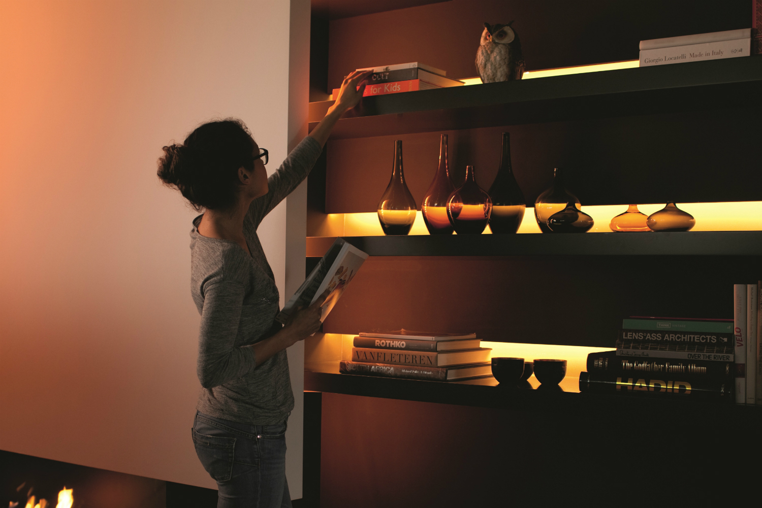 philips new hue lightstrip plus is bright enough to replace bulbs. Black Bedroom Furniture Sets. Home Design Ideas