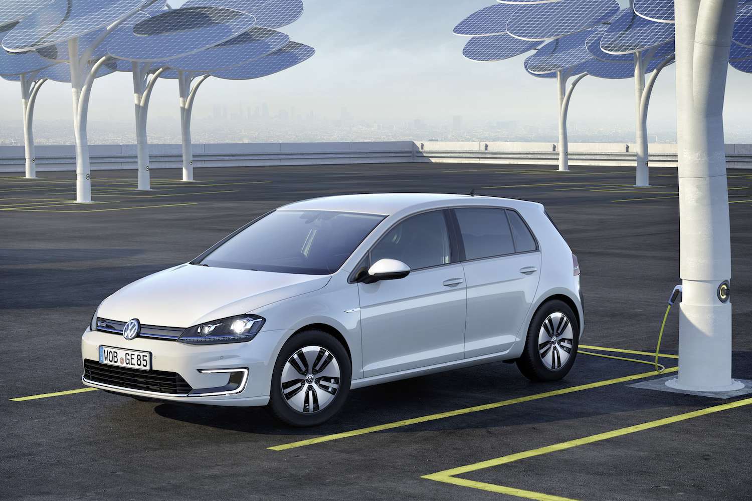 Vw Says Mile Range Ev Will Charge In Minutes And Cost Less