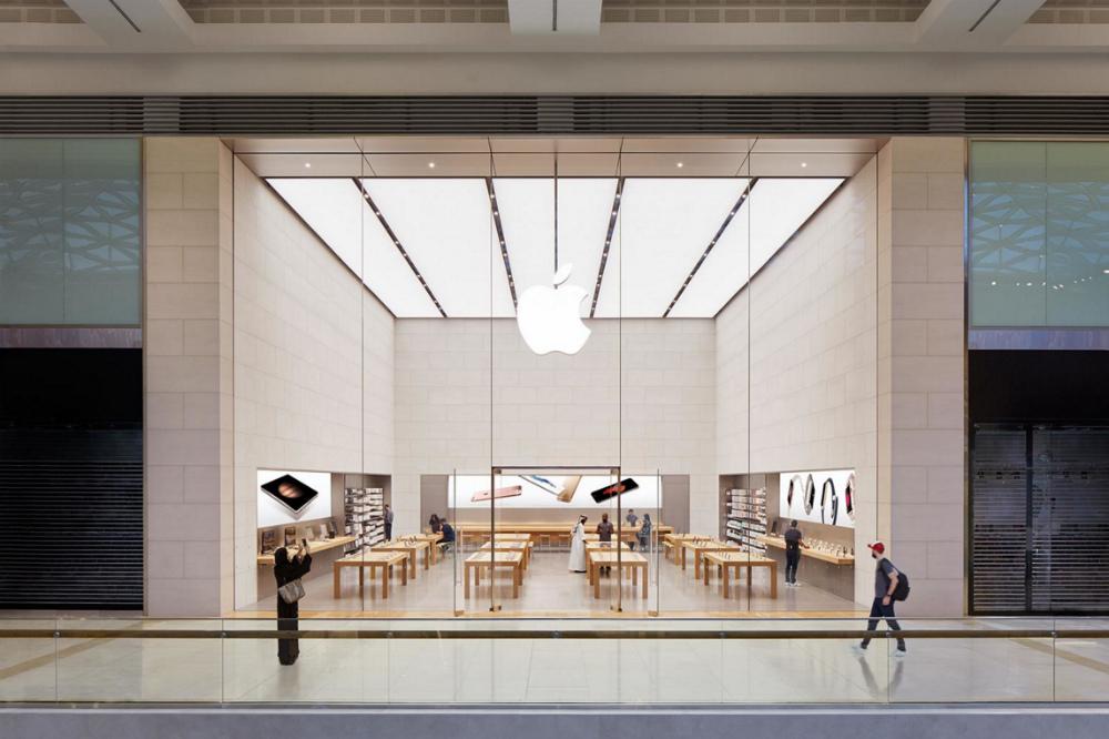 Steve Jobs Hated The Idea Of Genius Bar According To Apple Store Creator