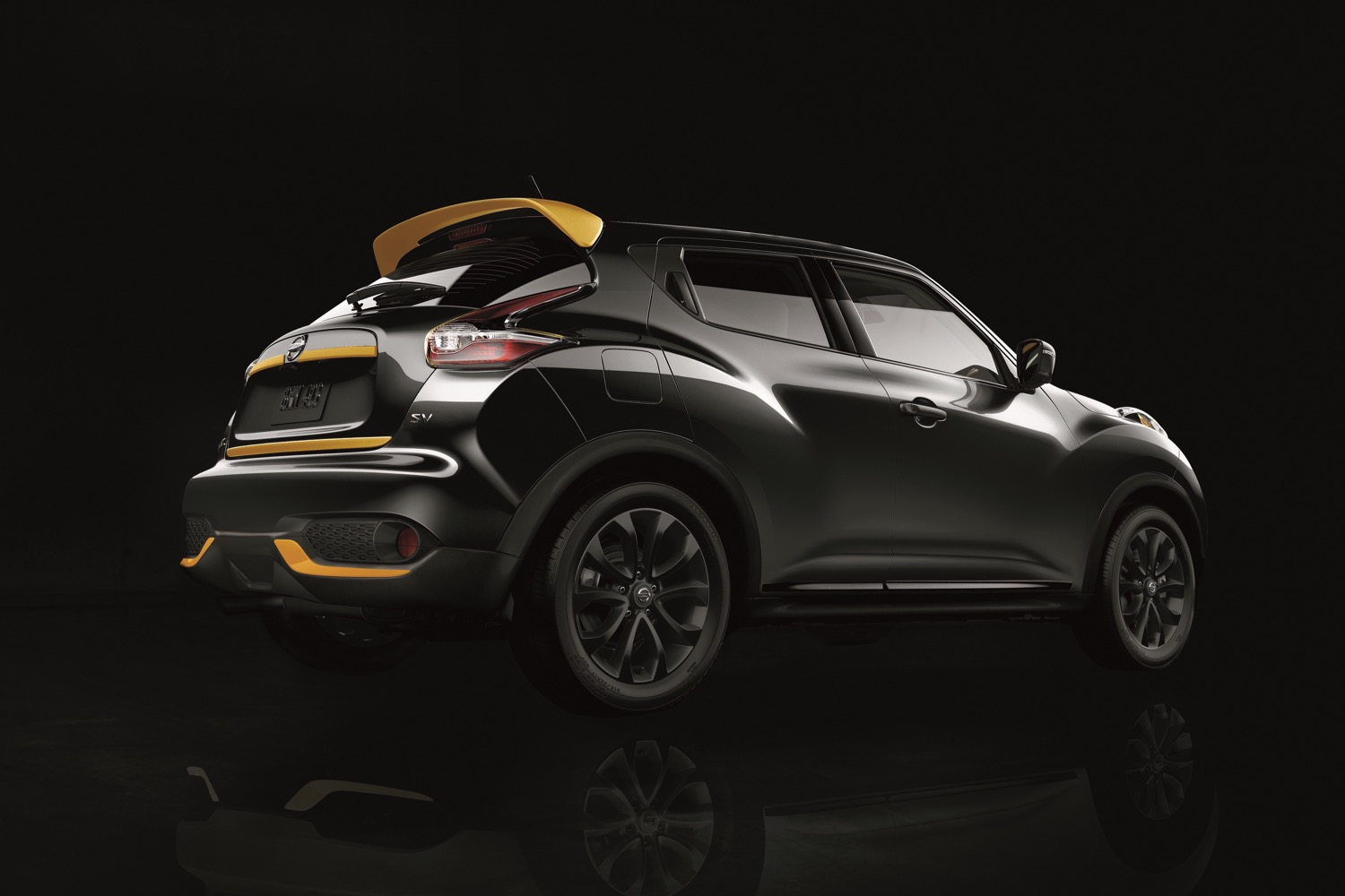 nissan s 2016 juke stinger edition is a turbocharged bee. Black Bedroom Furniture Sets. Home Design Ideas