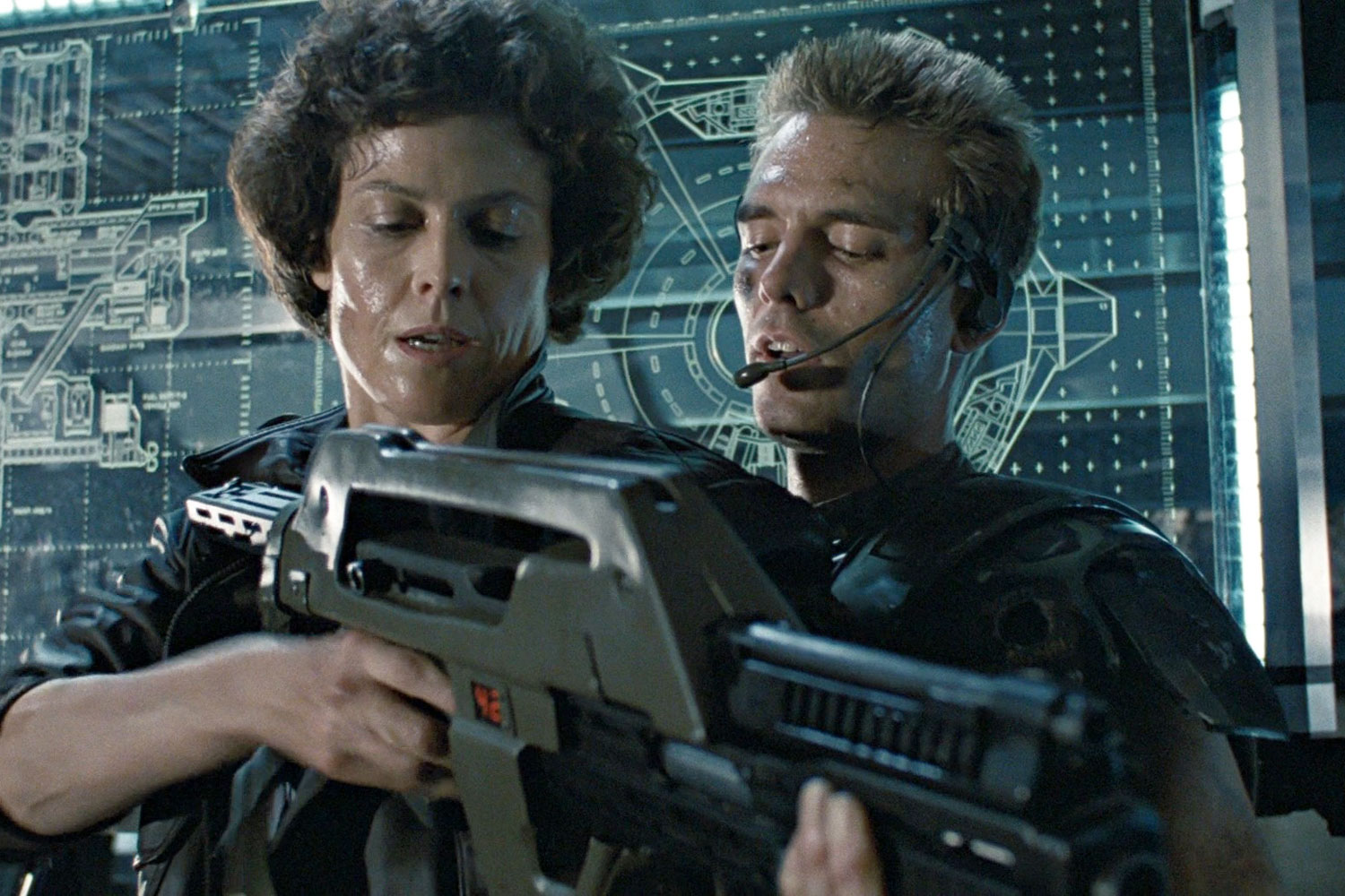 sigourney weaver neill blomkamp�s �aliens� sequel will