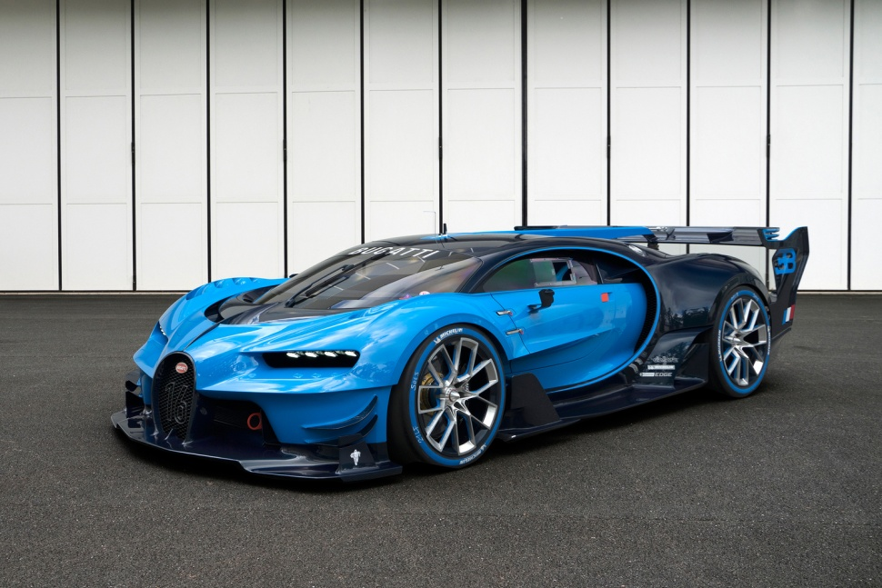bugatti s chiron will conquer the world with a 290 mph top speed 2 2 second sprint to 60. Black Bedroom Furniture Sets. Home Design Ideas