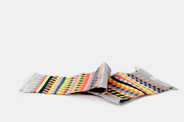 Turn your dna into a scarf with dot one a dna analysis for Personalized dna art