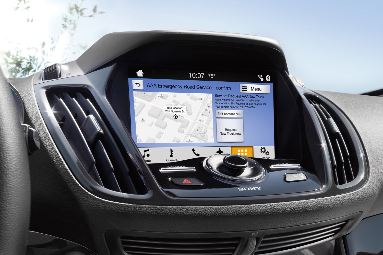 Toyota is first to sign on for Ford's SmartDeviceLink app ...