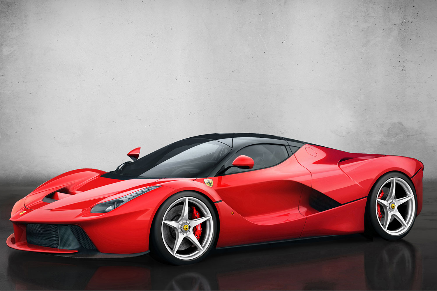 Ferrari will build one final LaFerrari to help Italian natural disaster victims