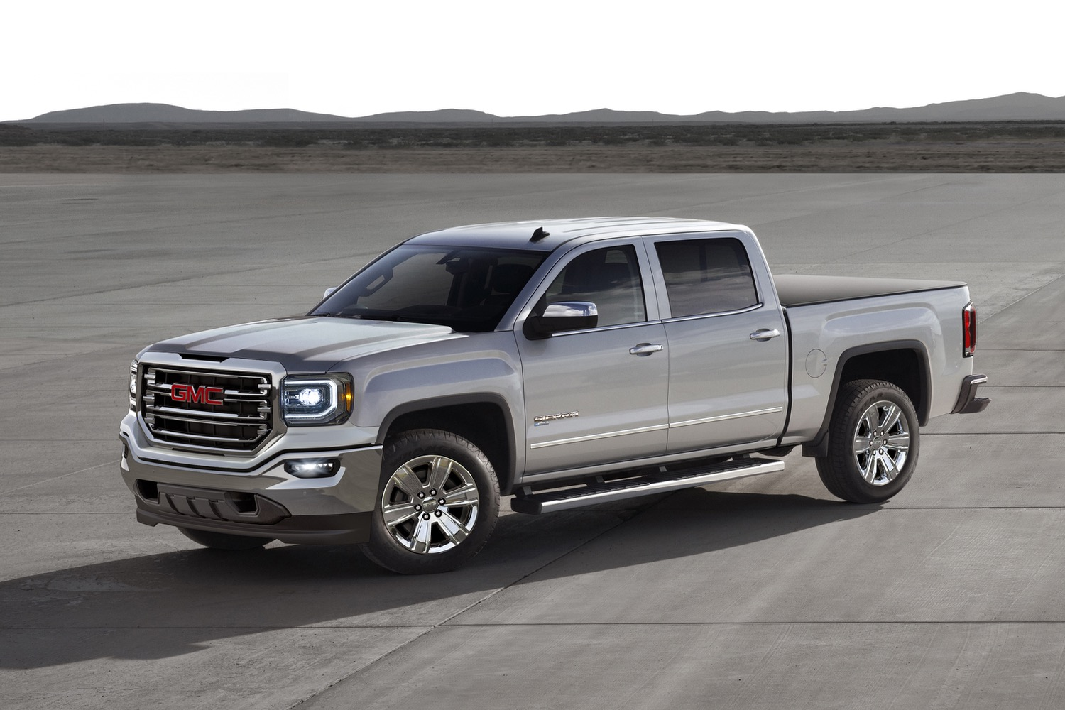 gm takes a step toward hybrid trucks with 2016 chevy silverado and gmc sierra eassist. Black Bedroom Furniture Sets. Home Design Ideas