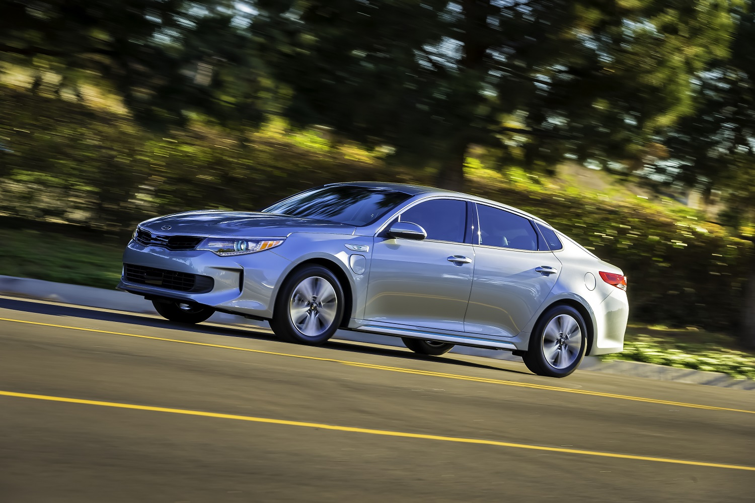 kia s plug in optima can drive for nearly 30 miles without using a drop of gas. Black Bedroom Furniture Sets. Home Design Ideas