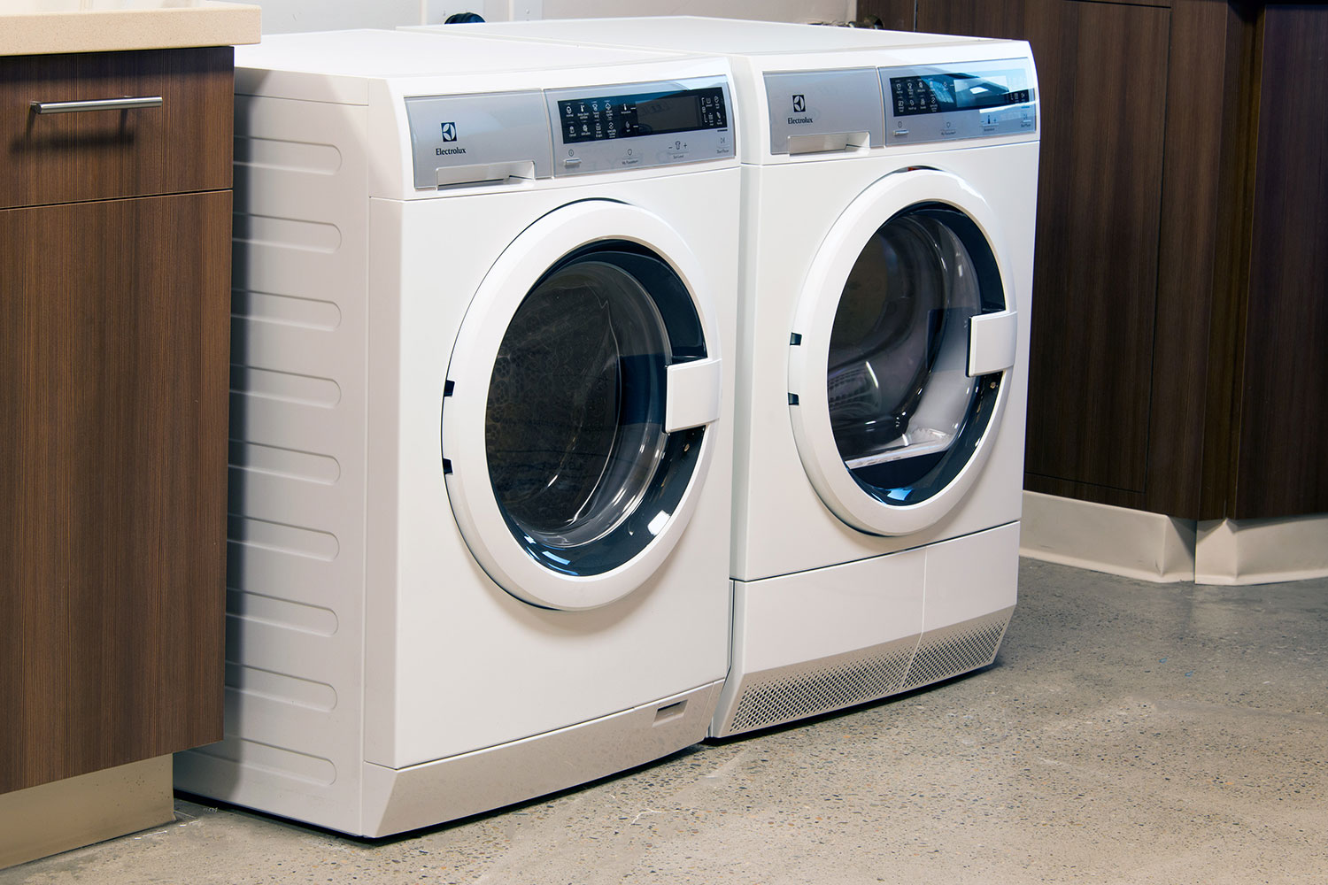 washer and dryer sharing electrolux suggests an u0027uber for service