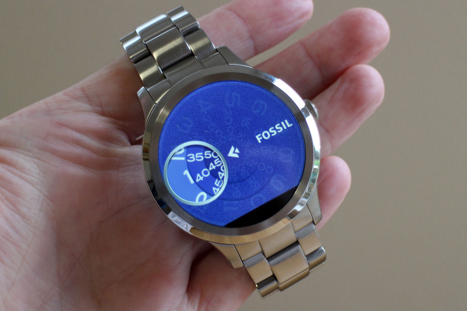 fossil launches 3 hybrid smartwatches that work with your. Black Bedroom Furniture Sets. Home Design Ideas