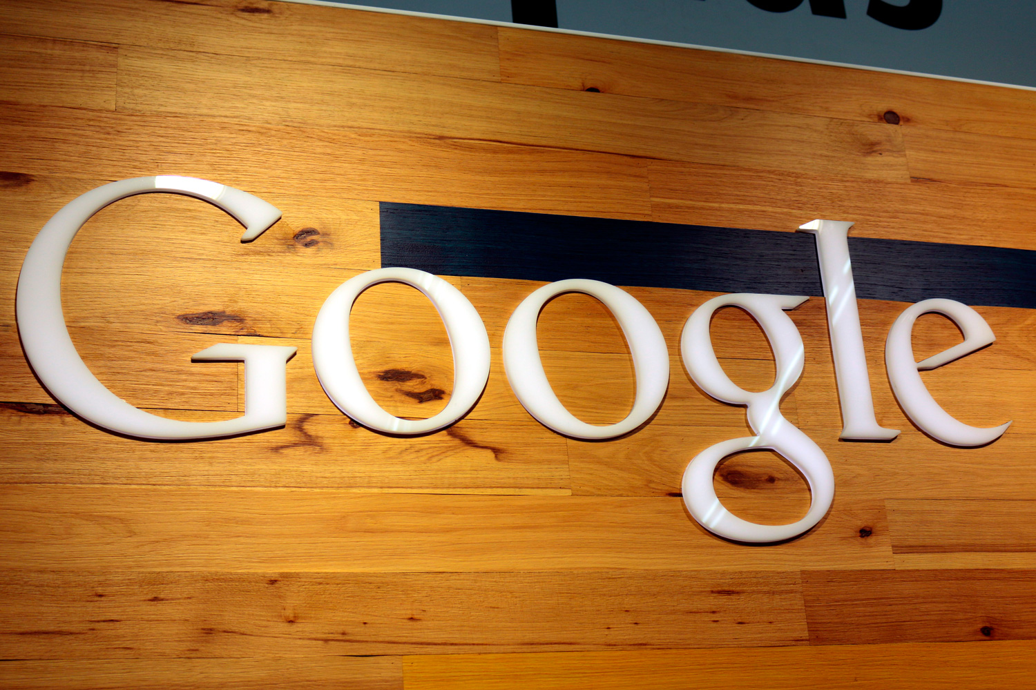 Google May Launch A New Wireless Router Next Month