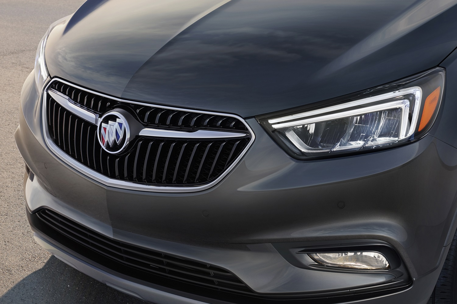 buick s 2017 encore brings a dash of european flair to new york. Black Bedroom Furniture Sets. Home Design Ideas