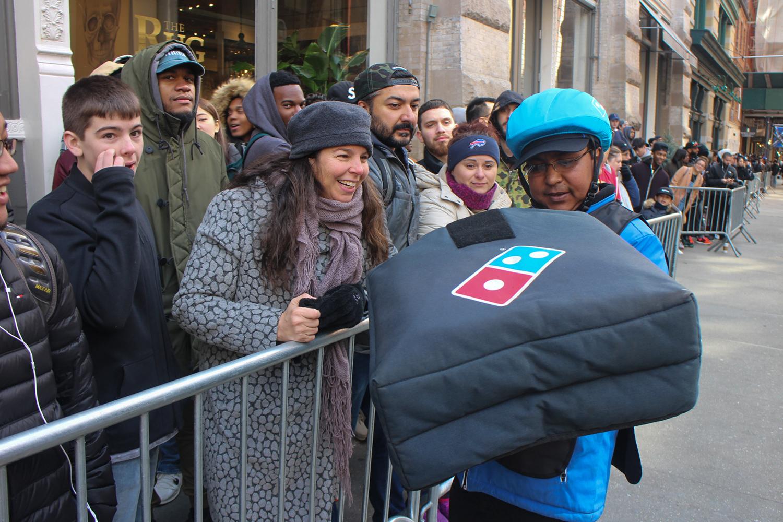 Dominos delivery deals