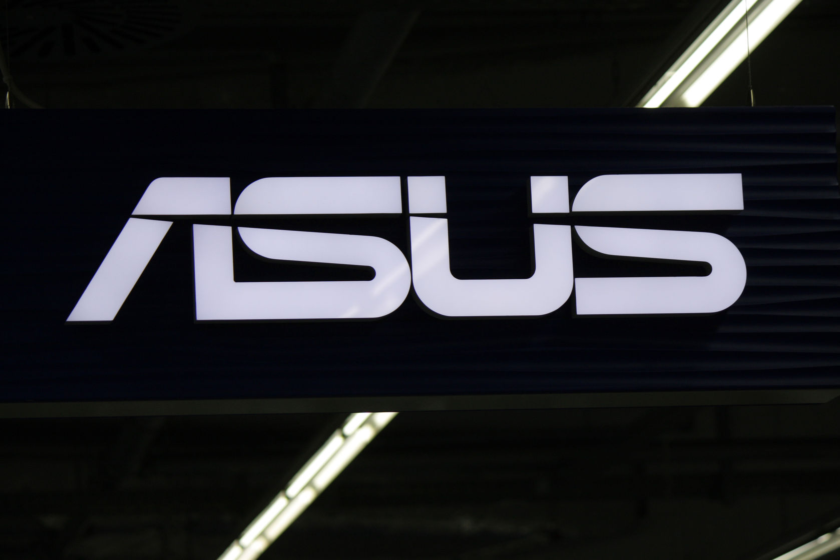asus details its powerful new vivomini pcs with optional