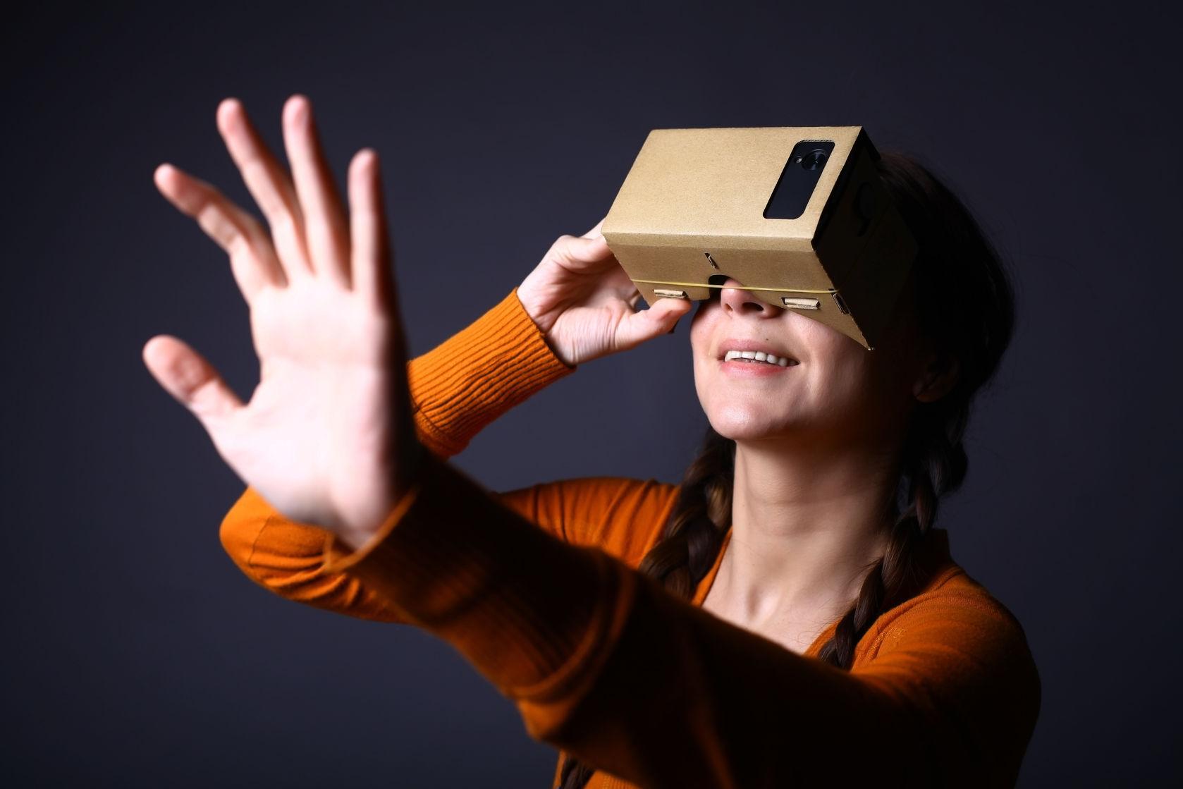 essay on virtual reality