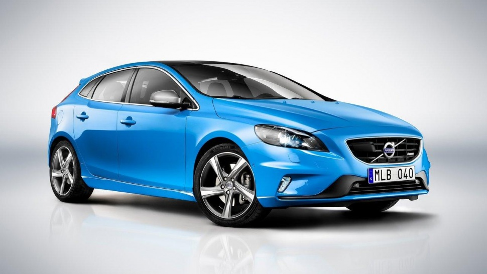 Volvo says it should have made its V40 hatch available in the US