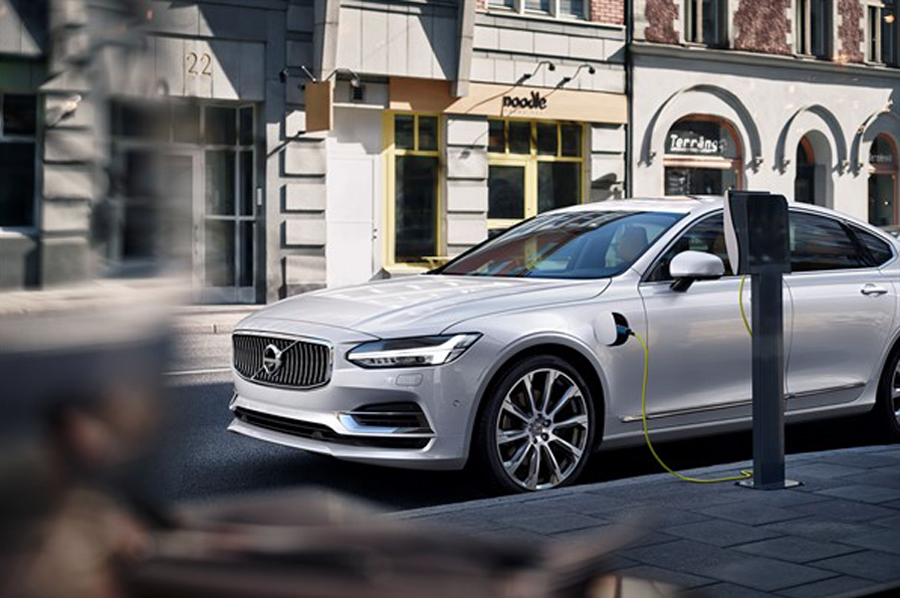 Volvo Plans To Go All Electric Sets A Goal To Make Million