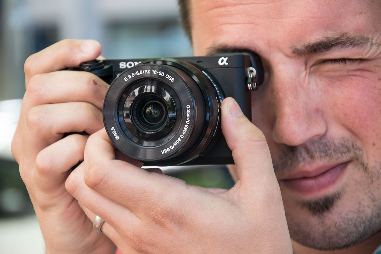 The Best Mirrorless Camera You Can Buy (And 6 Alternatives ...