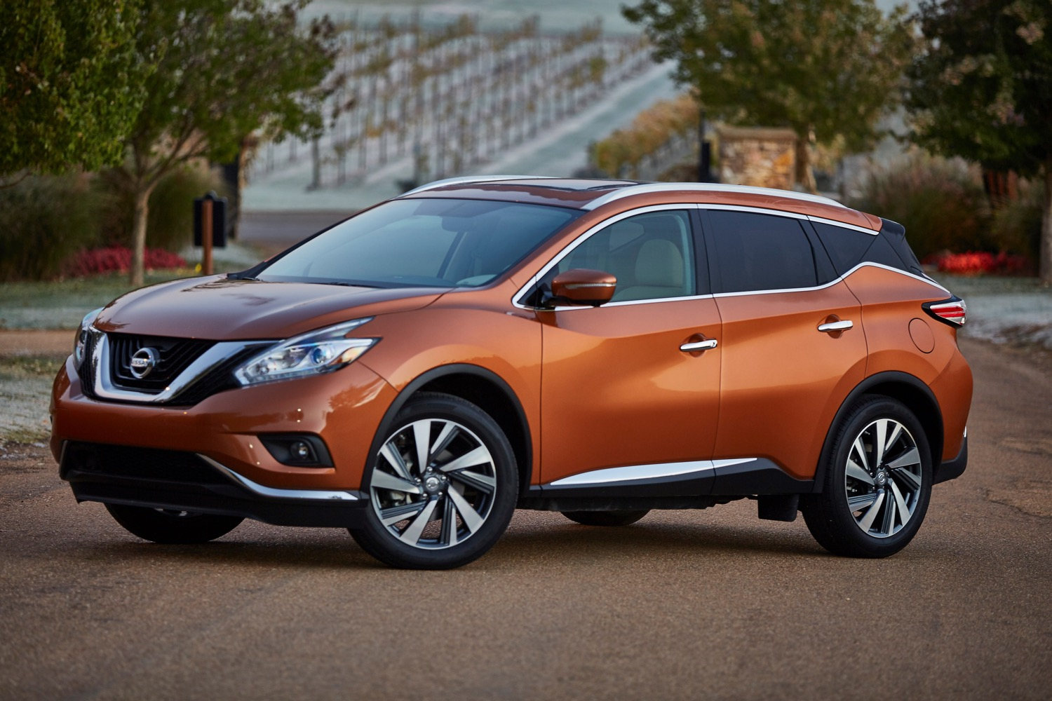 Nissan Is Selling A 2016 Murano Hybrid But Good Luck