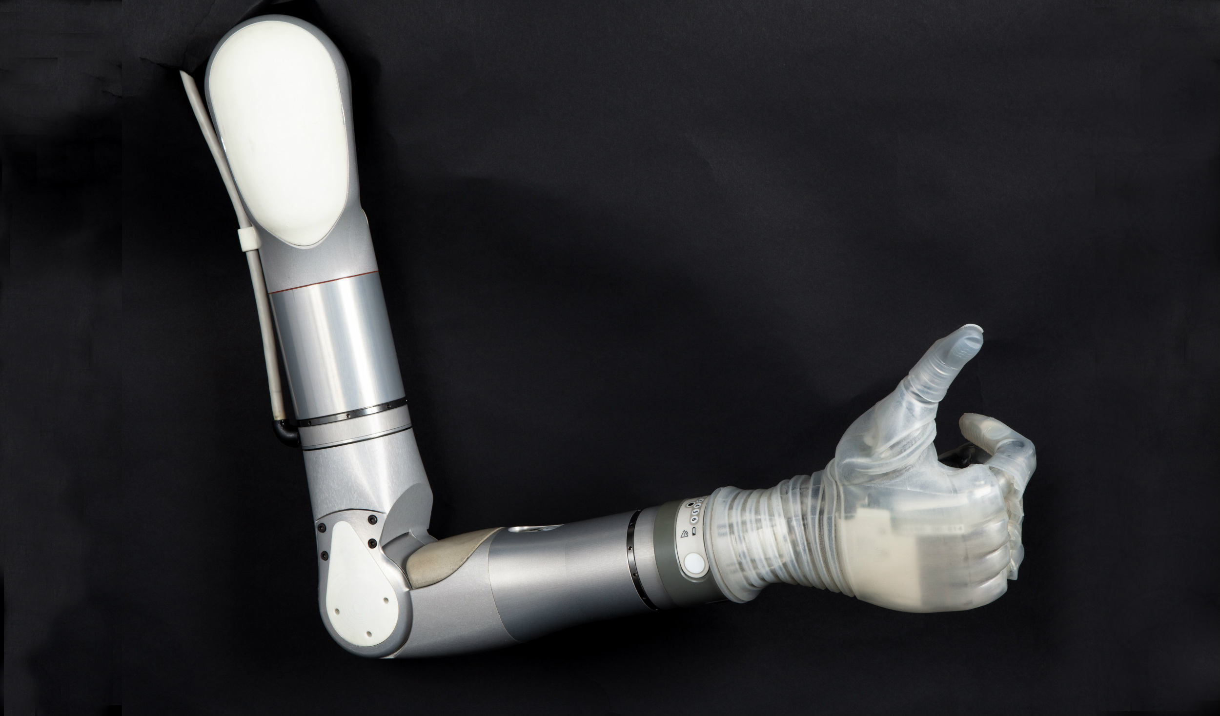 DARPA, VA-backed robotic arm set to launch in 2016
