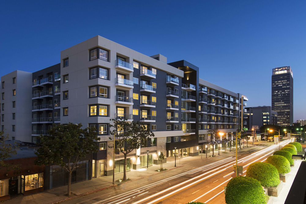 Apartment Complex going green in l.a.: first solar-powered, net-zero apartment