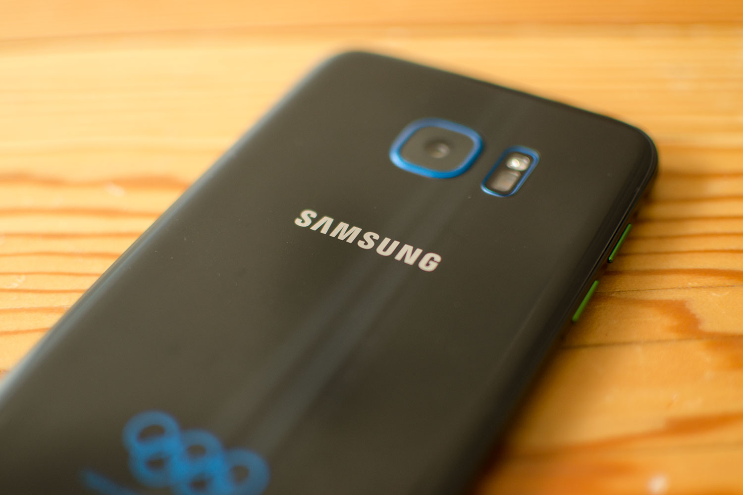 The First Samsung Phone With 6gb Of Ram Is Rumored To Come