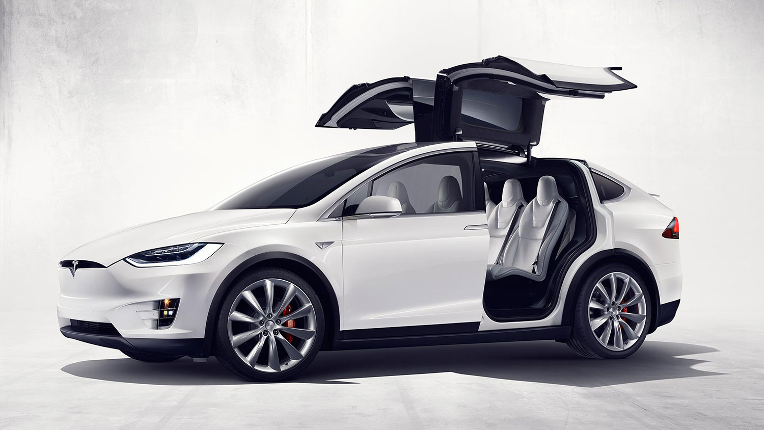 Tesla Unveils New Faster Accelerating Vehicles with Longer Battery Range
