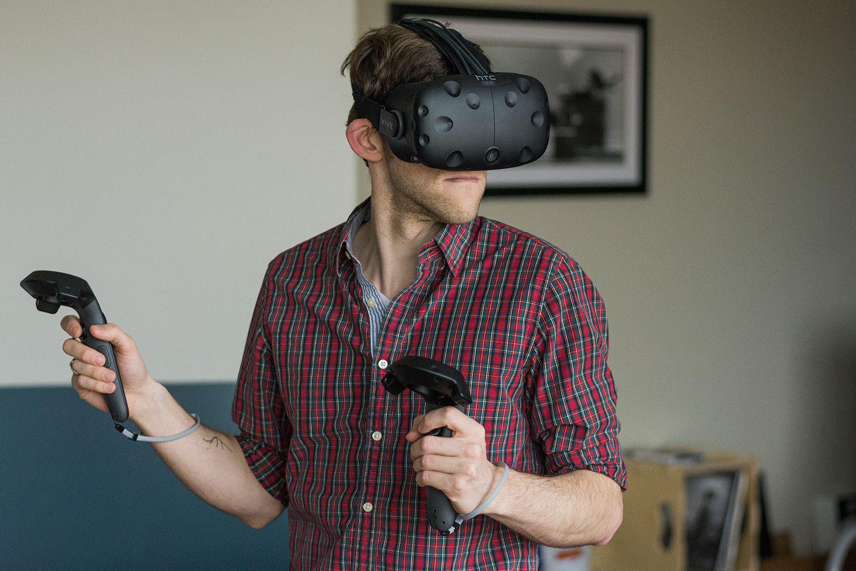 Oculus Rift Vs Htc Vive How Should We Walk In Vr