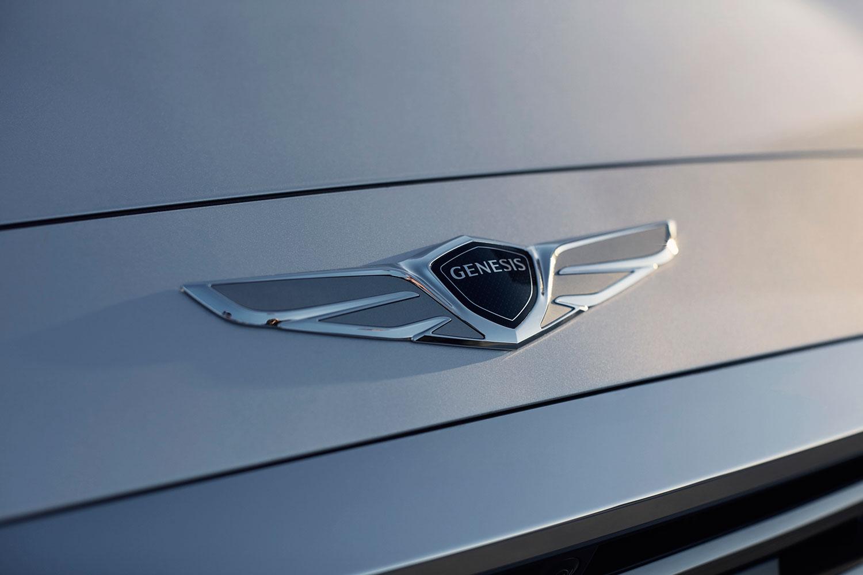 Hyundais Genesis luxury brand launches smartphone smartwatch apps