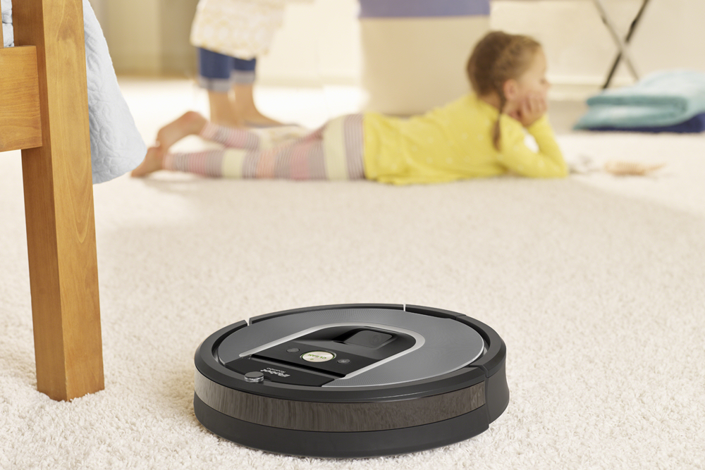 The Roomba 960 is a slightly cheaper Wi-Fi vacuum robot