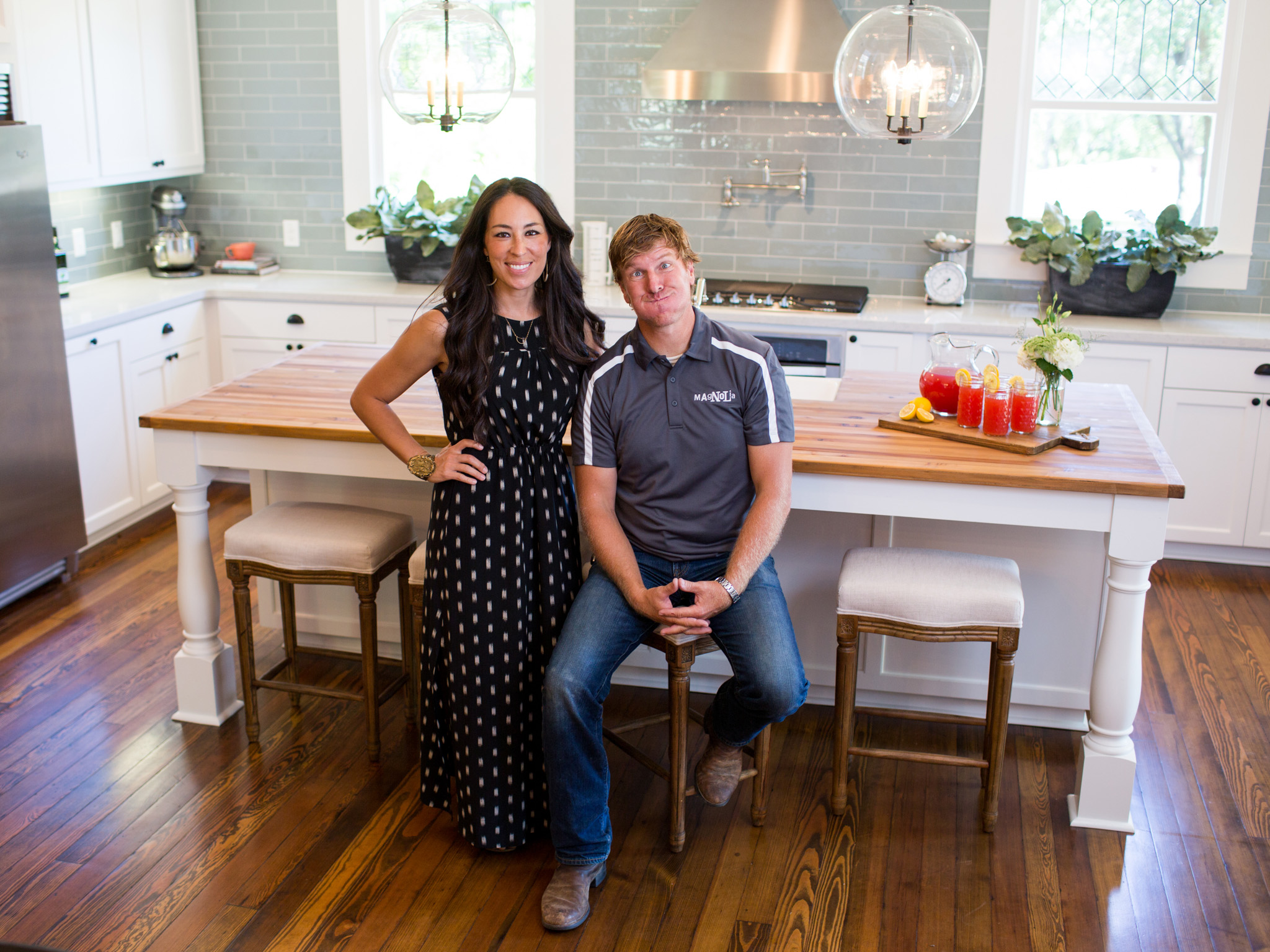 Homes Featured On Hgtv S Fixer Upper Drawing Crazy