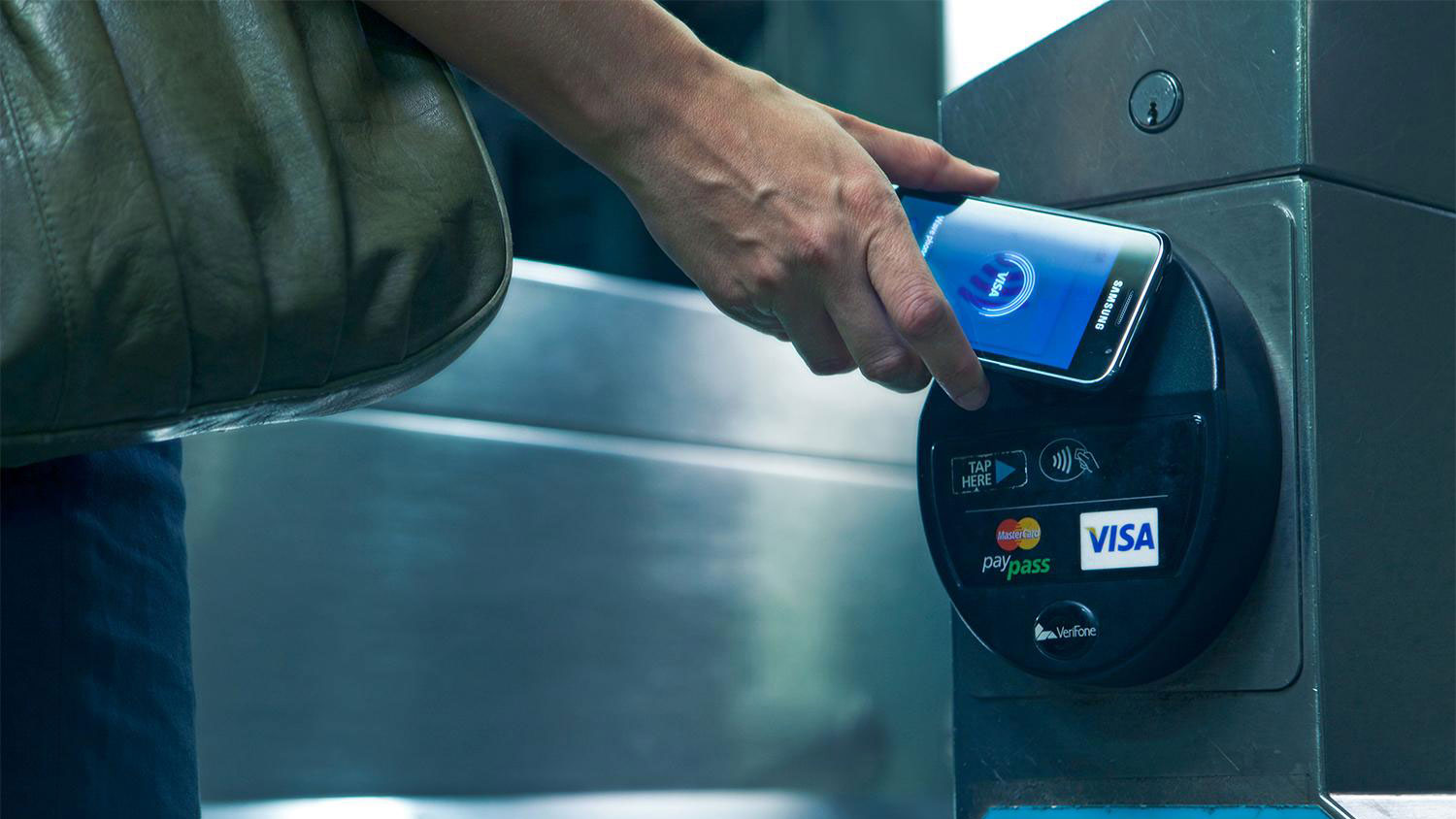 Samsung Pay Rewards gives users points for mobile payments