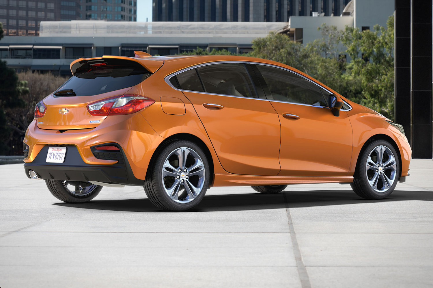 Chevy New Cruze Sedan And Hatch Will Have Manual Gearbox And