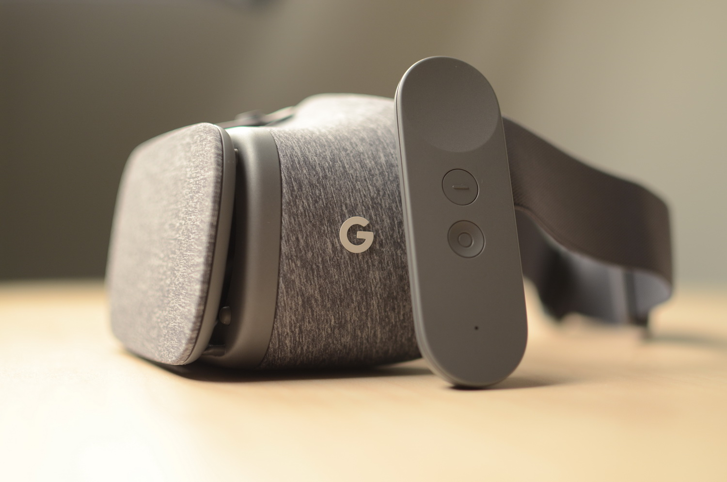 ZTE Axon 7 Android Nougat Update Supports Google Daydream VR