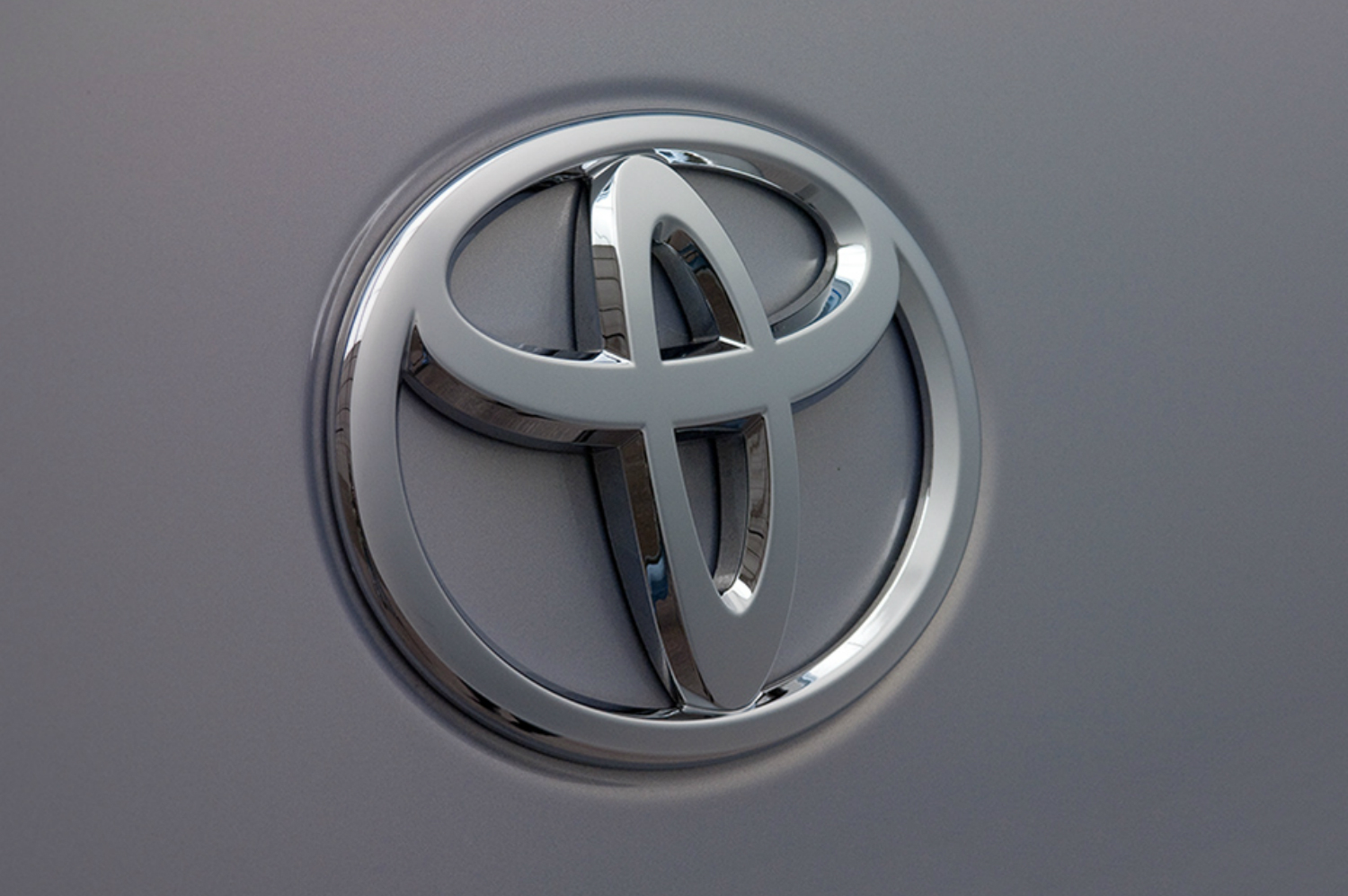 2018 toyota electric. Modren Electric Strategy Shift Toyota Commits To Allelectric Vehicles Forms Special Team For 2018 Toyota Electric