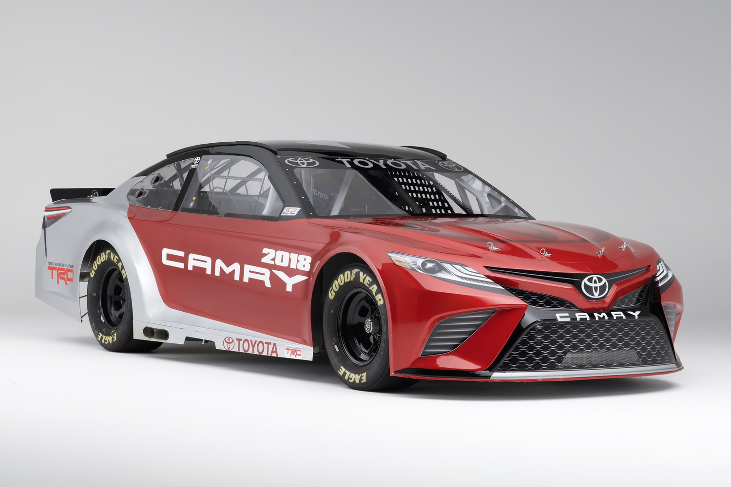 It May Say U0027Camryu0027 On The Front, But Toyotau0027s NASCAR Racer Is A Different  Animal
