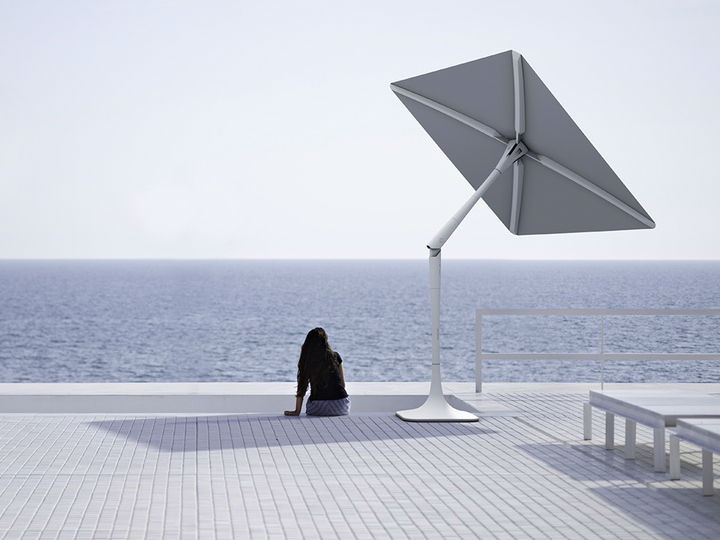 This Smart Patio Shade Can Track And Block The Sun For You