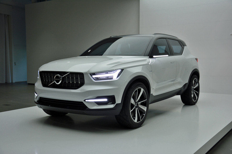 2018 volvo xc40.  volvo will volvou0027s posh xc90 suv get a baby brother at the shanghai auto show on 2018 volvo xc40