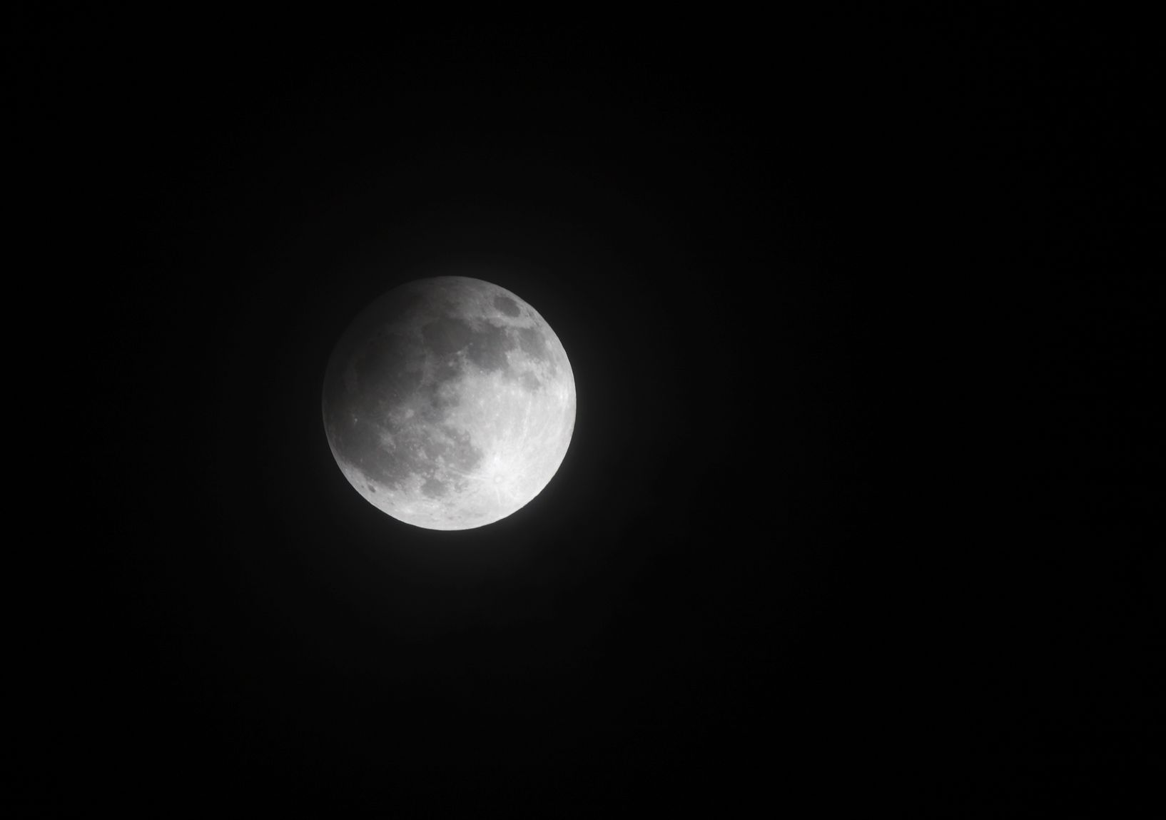 grab your tripods a partial lunar eclipse is coming friday night